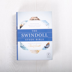 The Swindoll Study Bible NLT, hardcover